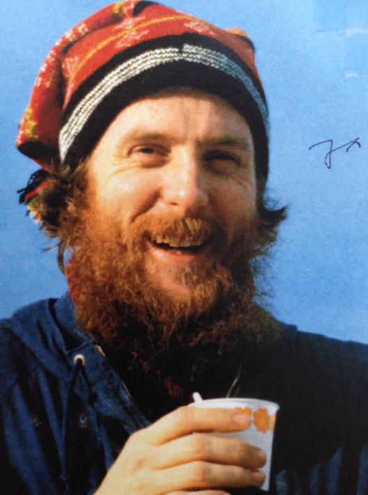 Ungefär så här såg nog Örjan Hamrin ut när han jobbade med Ekomuseum för 20-30 år sen. Ja:et på bilden är bara ett ja tack till en inbjudan, där fotot fanns med, det gick inte att ta bort. Hittade det här på kansliet.